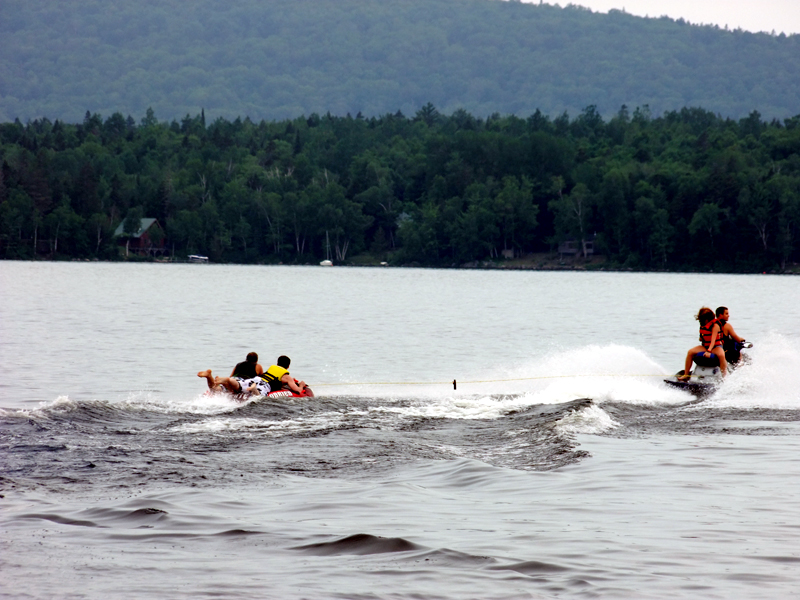 Maine Lakes, Lots Of Waterfront Properties To Have Serious Fun, Relaxation, Enjoyment On.