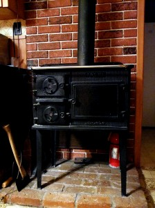 Maine Wood Heater Cook Stove