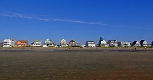 All Kinds, Sizes, Styles Of Maine Beach Homes, Rentals.