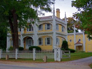 The Wedding Cake House In Kennebunk Maine, One Of The Most Photographed Homes.