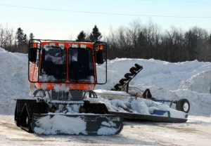 maine snow sled its groomer,