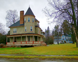 maine victorian home