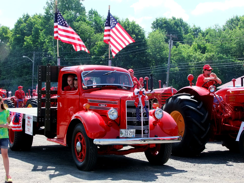 maine 4th of july parades