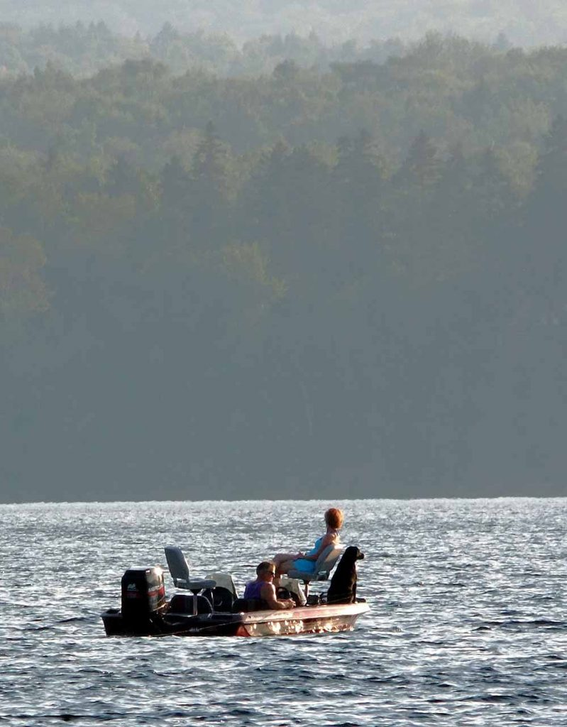 dining for two maine lake