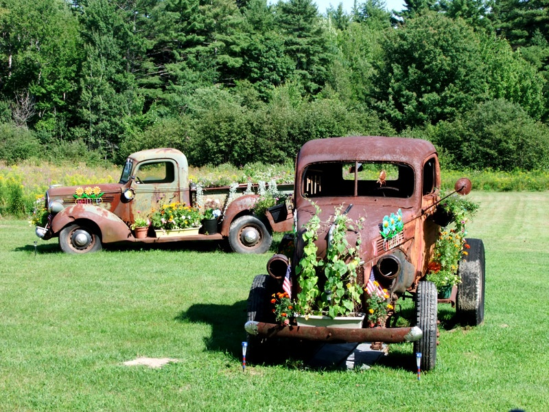 flower pots in maine