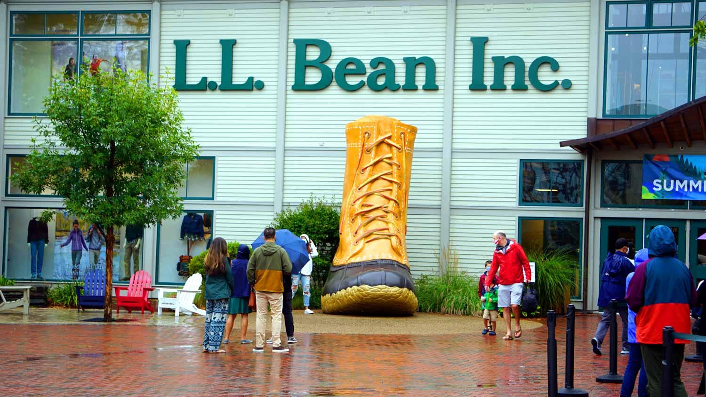 ll bean boat freeport store