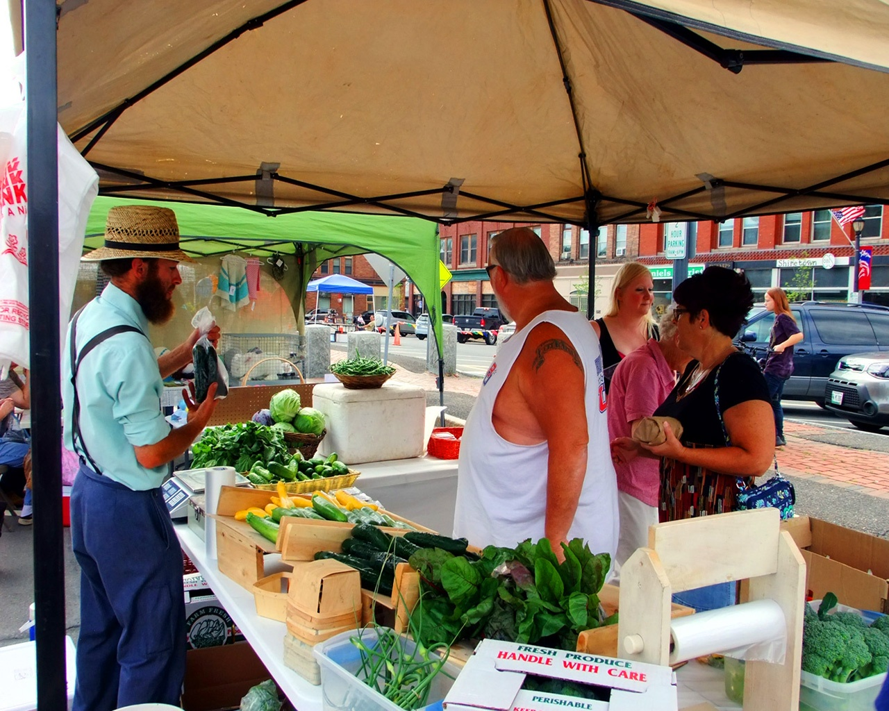 local farmers markets in maine