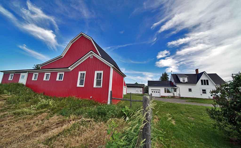maine farm property buildings