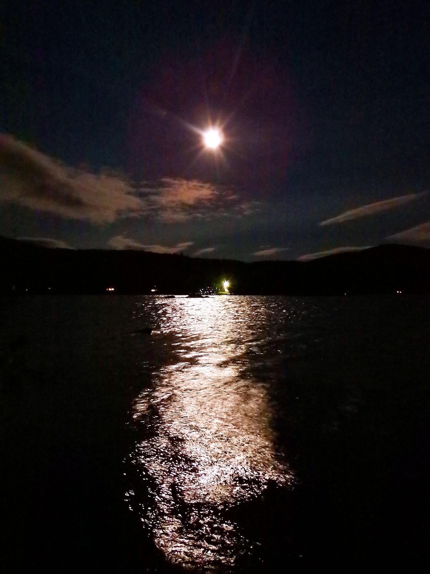 drews lake night sky